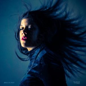 Jen Gloeckner - VINE -cover